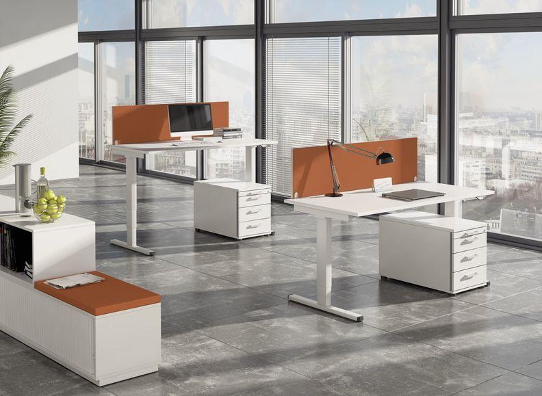 Foto von Sitz-Steh-Schreibtisch aus dem Portfolio